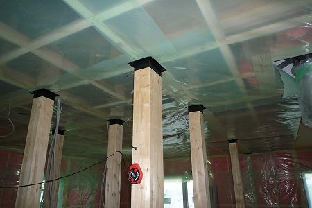 天井シート貼り