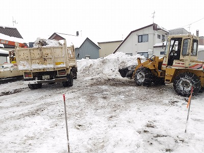 排雪作業(旭川近郊の工務店ならミヤザキホーム)