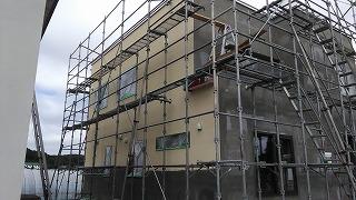 塗り壁 下塗り(旭川近郊の工務店ならミヤザキホーム)