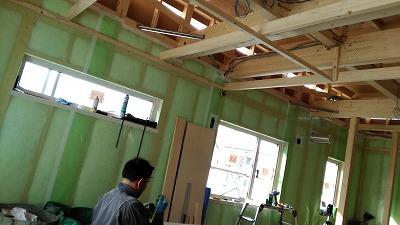 天井下地施工(旭川近郊の工務店ならミヤザキホーム)