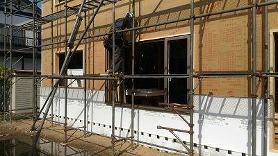 窓枠取付(旭川近郊の工務店ならミヤザキホーム)