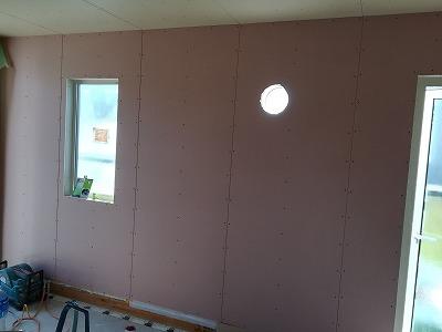 1階壁ボード施工(旭川近郊の工務店ならミヤザキホーム)
