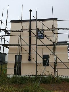 煙突施工(旭川近郊の工務店ならミヤザキホーム)