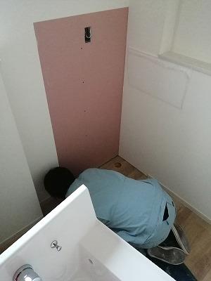 洗面台取付(旭川近郊の工務店ならミヤザキホーム)