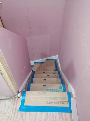 階段施工(旭川近郊の工務店ならミヤザキホーム)